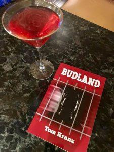 Budland cocktail table